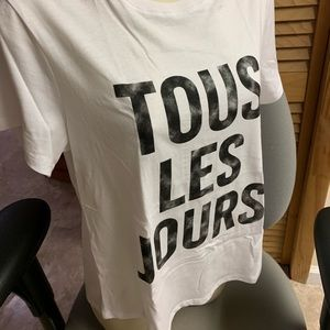 Cinq a Sept NWT Tee XS/S French phrase